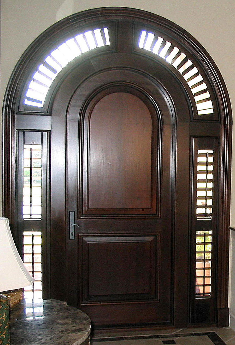 Stained Sidelight Entry